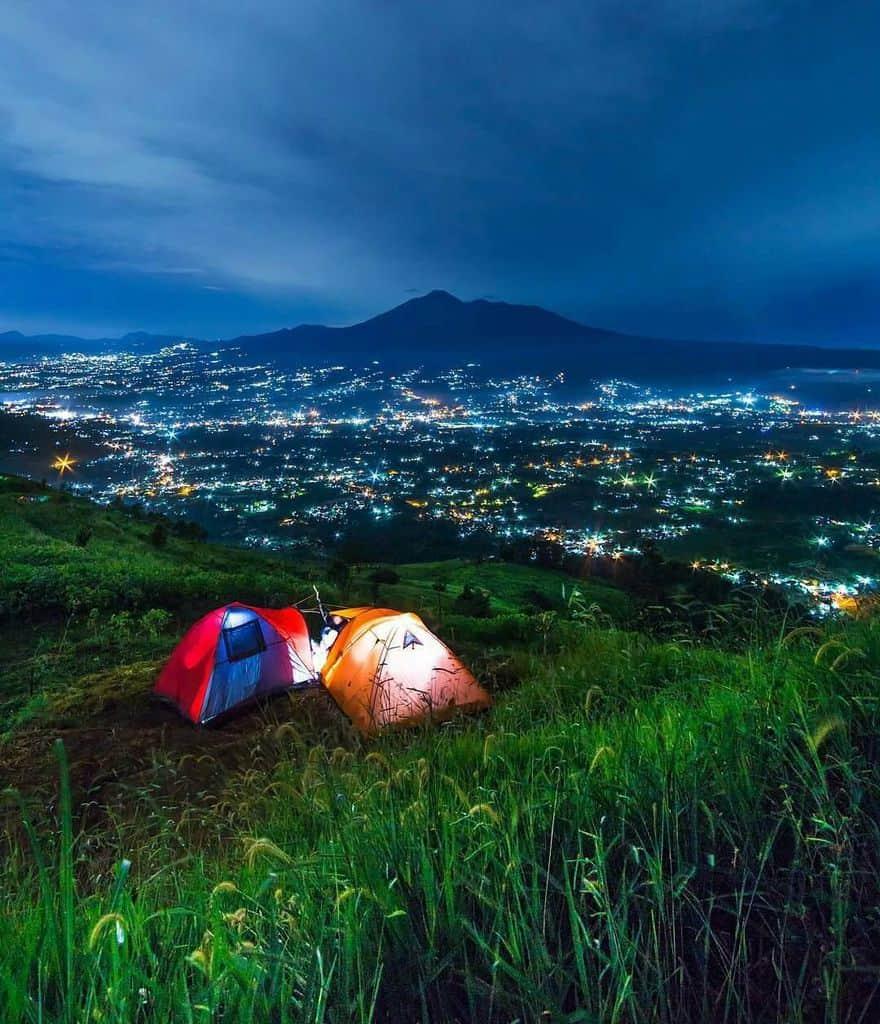 Bukit Alesano tempat wisata di bogor