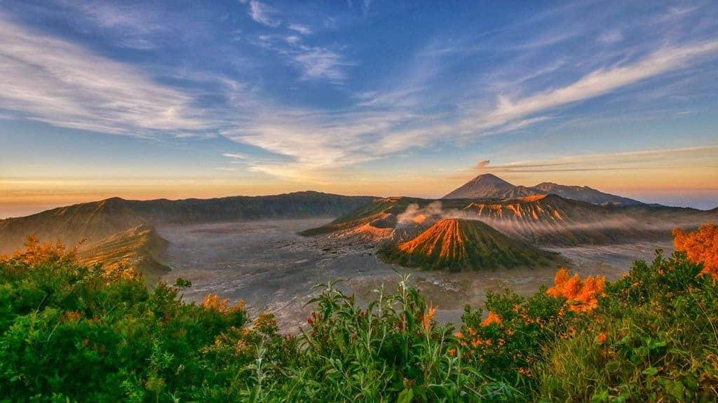 featured wisata gunung bromo Kawasan Wisata Gunung Bromo Yang Unik
