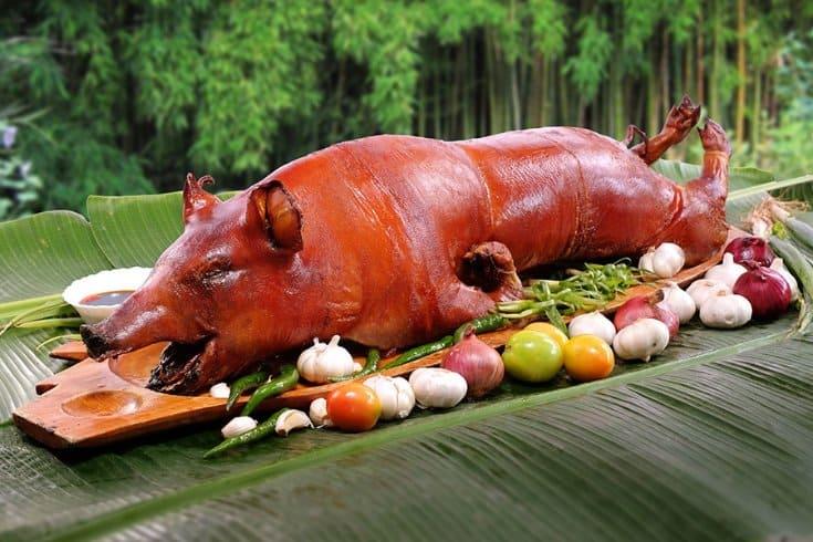 makanan khas filipina lechon