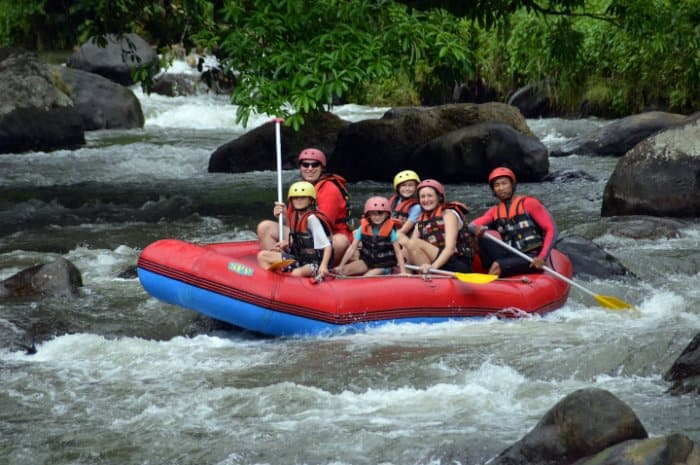 tempat wisata di bali Ayung rafting