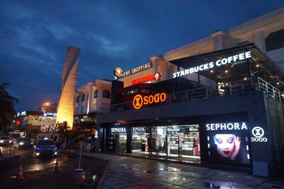 tempat wisata di bali Discovery Shopping Mall