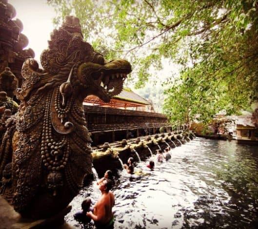 tempat wisata di bali Pura Tirta Empul