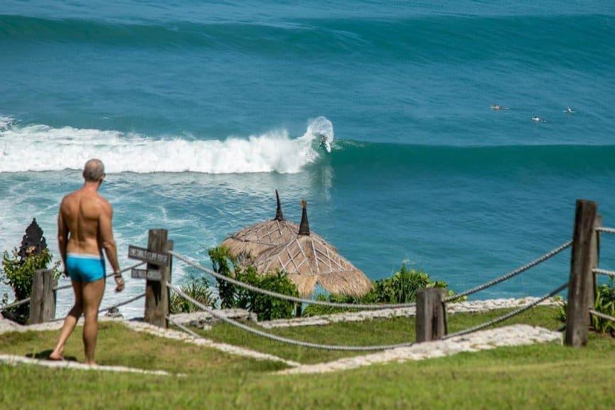 tempat wisata di bali Uluwatu Surf Villa