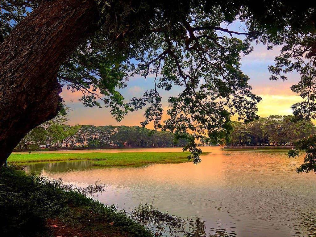 tempat wisata di banten Danau Tasikardi