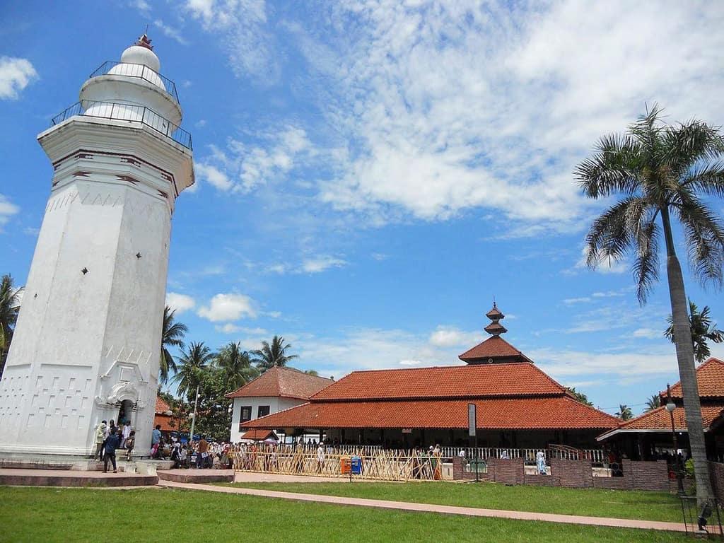 tempat wisata di banten Masjid Agung Banten