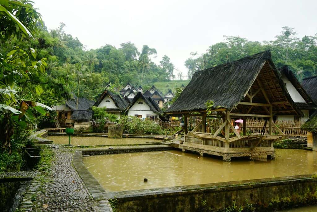 tempat wisata di banten kampung baduy