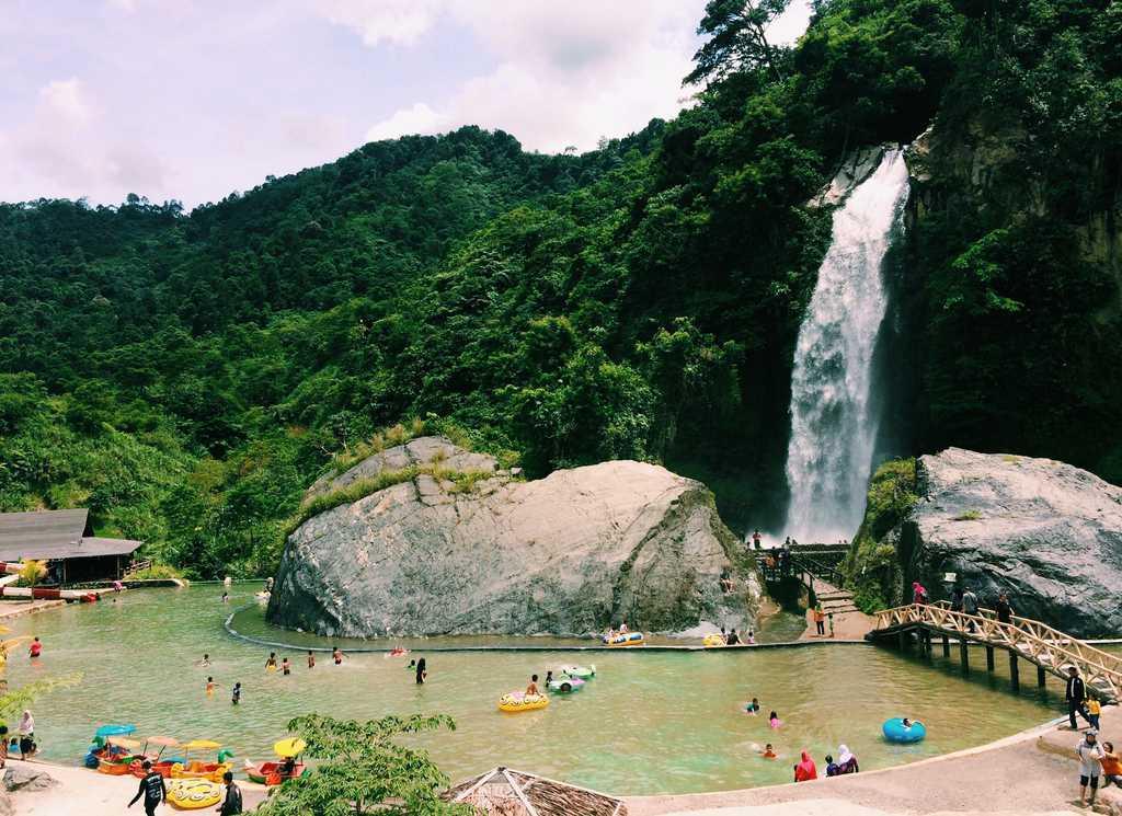 tempat wisata di bogor Air Terjun Bidadari