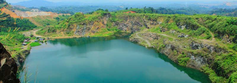 tempat wisata di bogor Danau Quarry 2