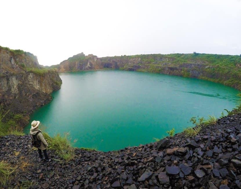 tempat wisata di bogor Danau Quarry