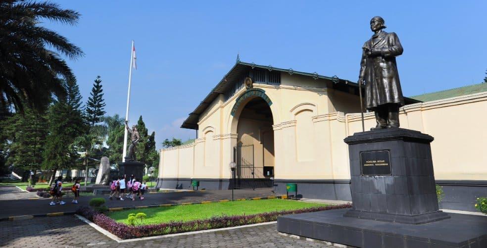 tempat wisata di bogor Museum Pembela Tanah Air