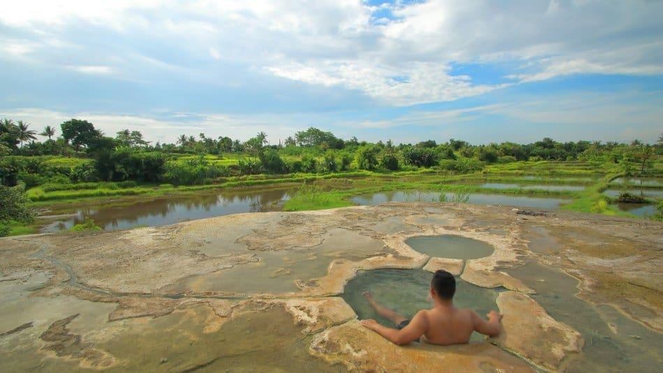 tempat wisata di bogor Pemandian Air Panas Gunung Peyek