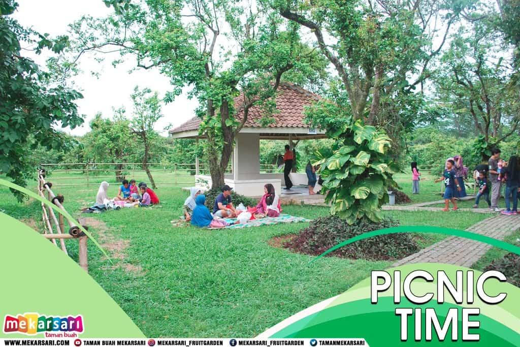 tempat wisata di bogor Taman Mekarsari 2