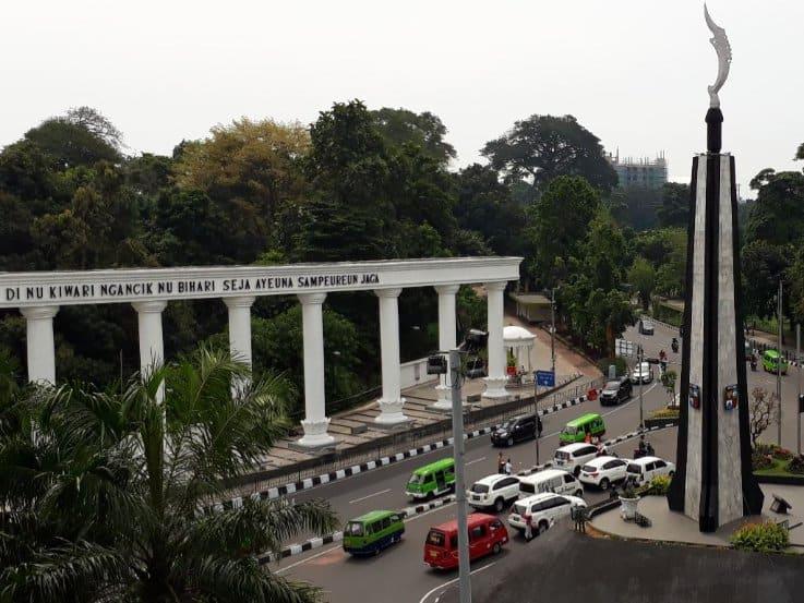 tempat wisata di bogor Tugu Kujang