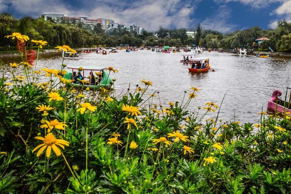 tempat wisata di filipina Burnham Park