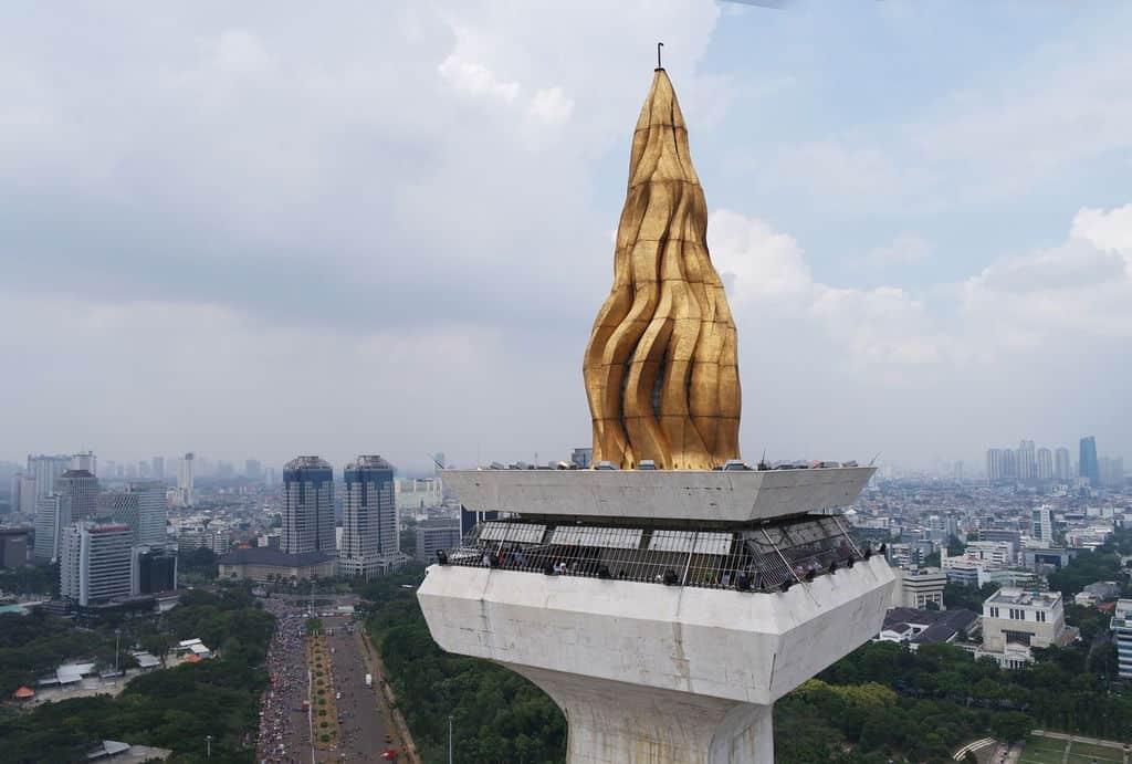 tempat wisata di jakarta puncak monas