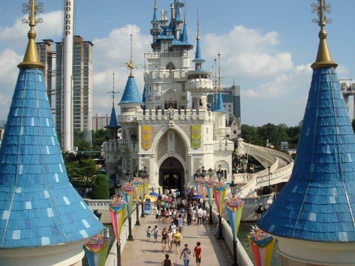 tempat wisata di korea selatan Lotte World