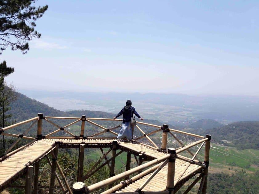 tempat wisata di magelang Gardu Pandang Bukit Barade