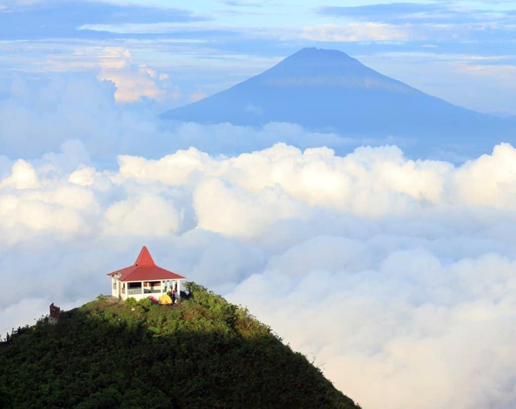 tempat wisata di magelang Gunung Andong