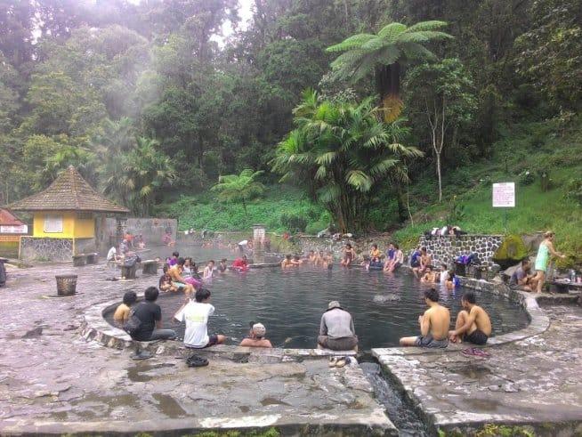 wisata malang Air Panas Cangar