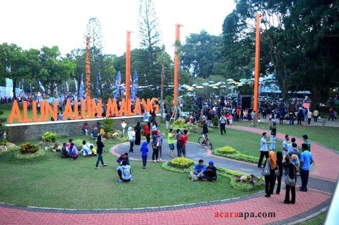 wisata malang Alun-Alun Kota Malang