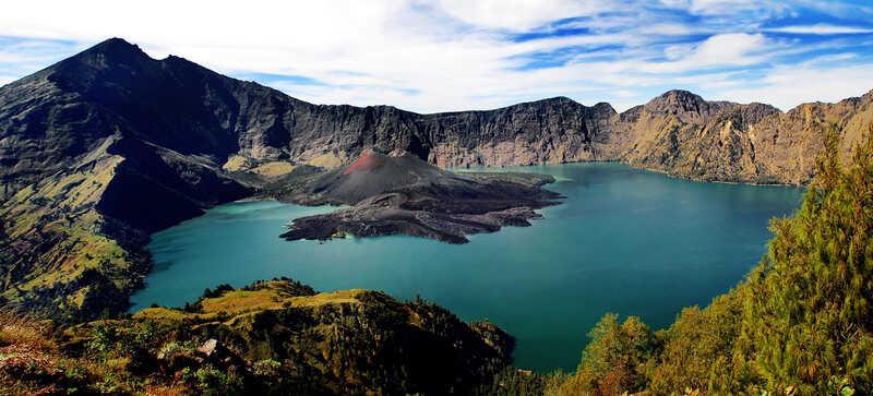 gambar pemandangan indah Gunung Rinjani