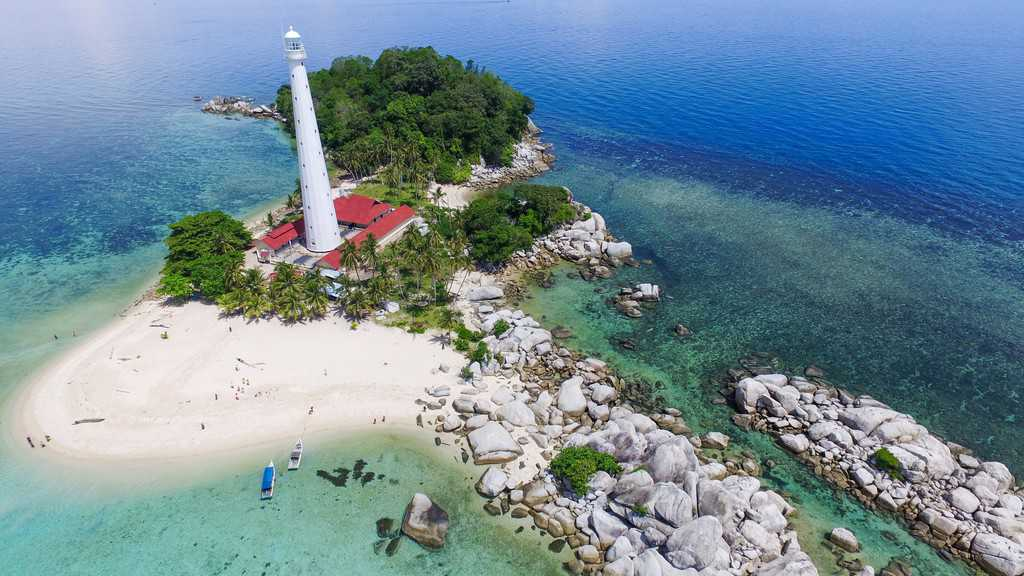 gambar pemandangan indah Kepulauan Bangka Belitung