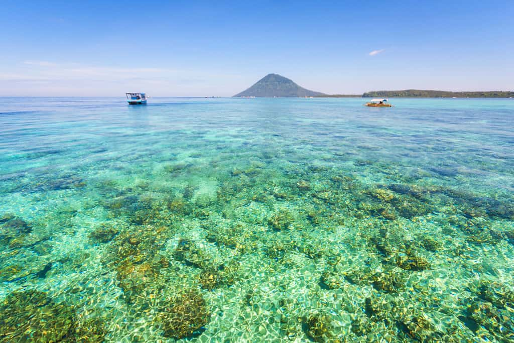 gambar pemandangan indah Taman Laut Bunaken 3