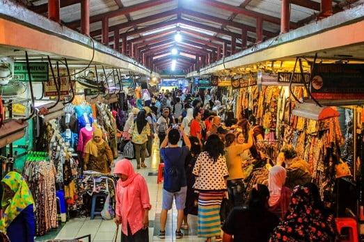 tempat wisata di jogja Pasar Beringharjo