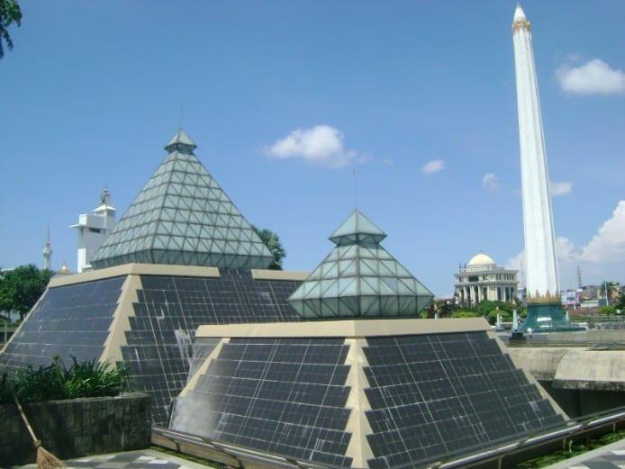 tempat wisata di surabaya Museum Sepuluh November