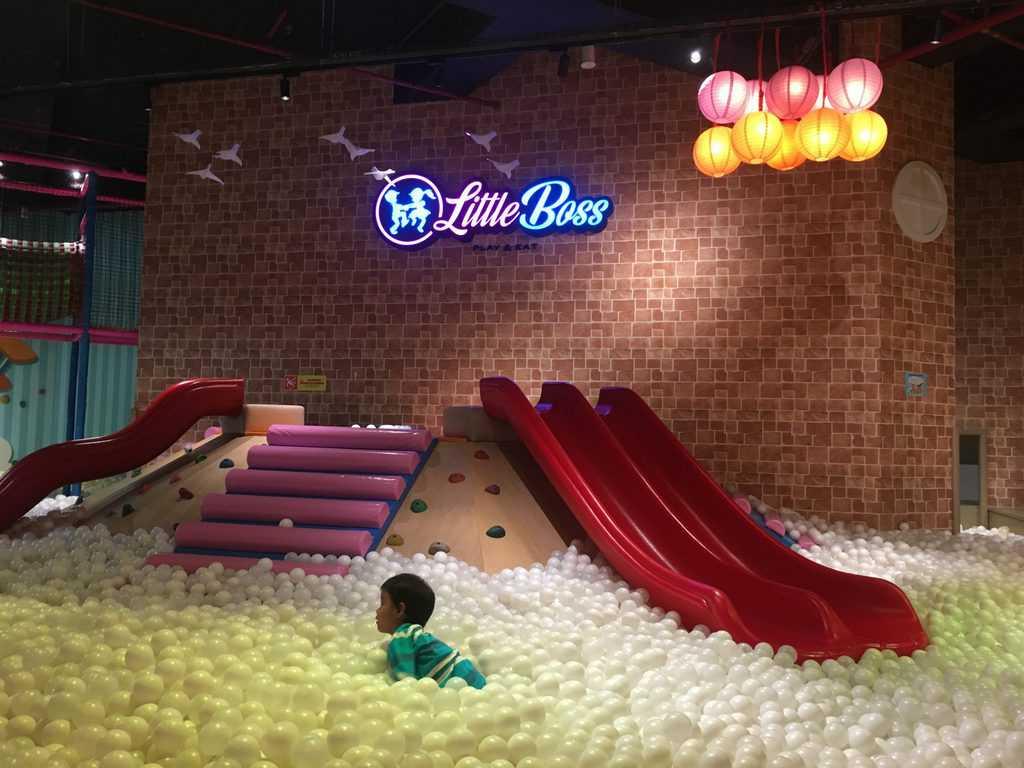 Little Boss Play & Eat tempat taman bermain anak di jakarta