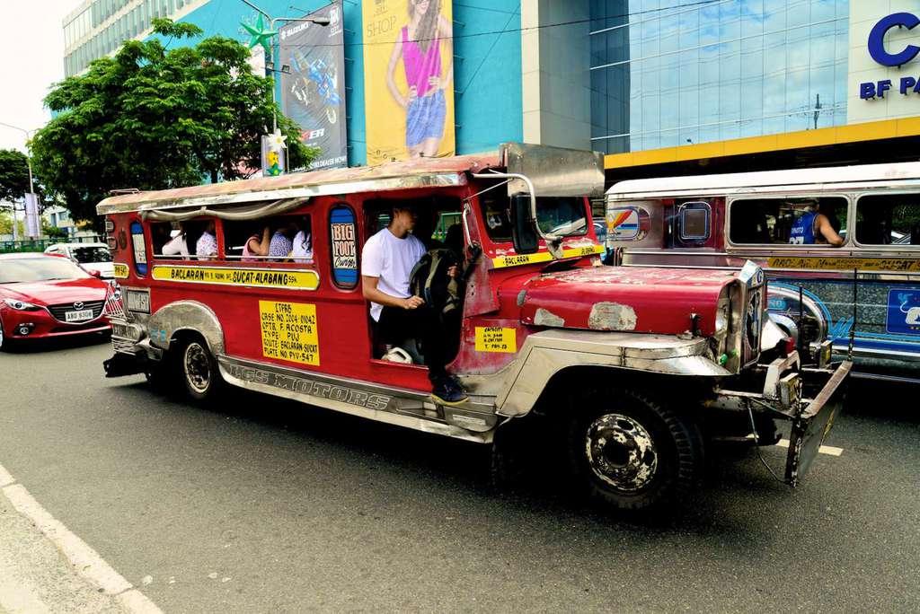 jeepney filipina