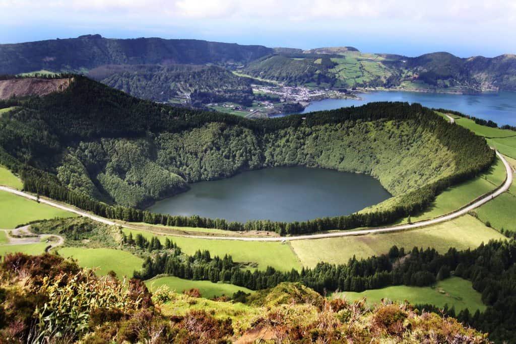 gambar pemandangan indah di luar negeri The Azores Portugal