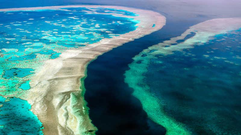 gambar pemandangan indah di luar negeri The Great Barrier Reef australia