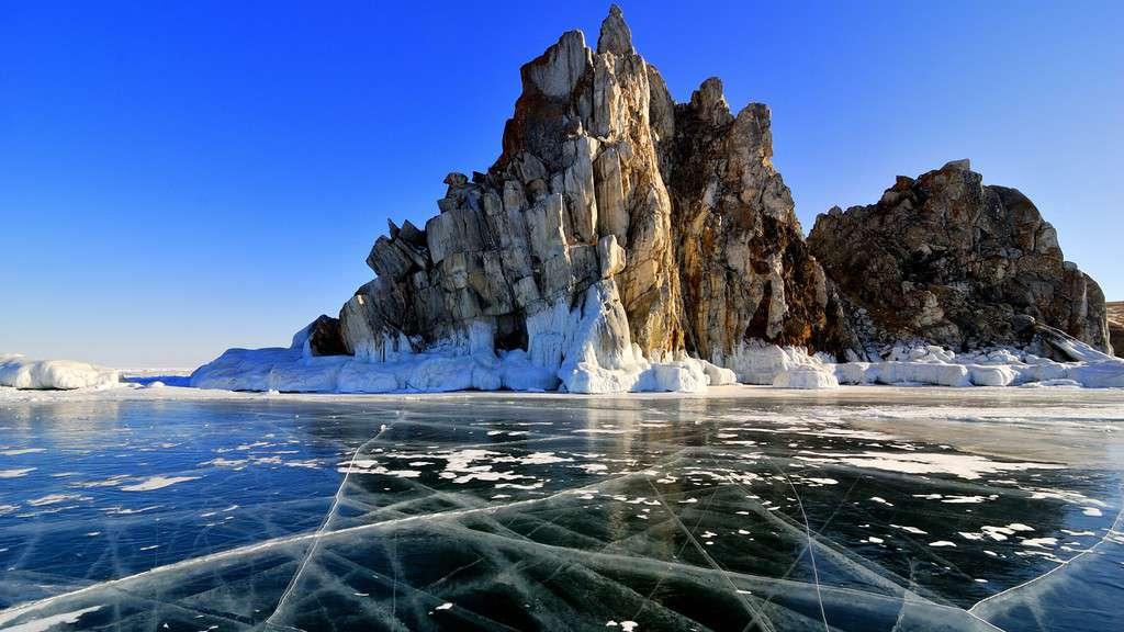 gambar pemandangan indah di luar negeri danau baikal rusia