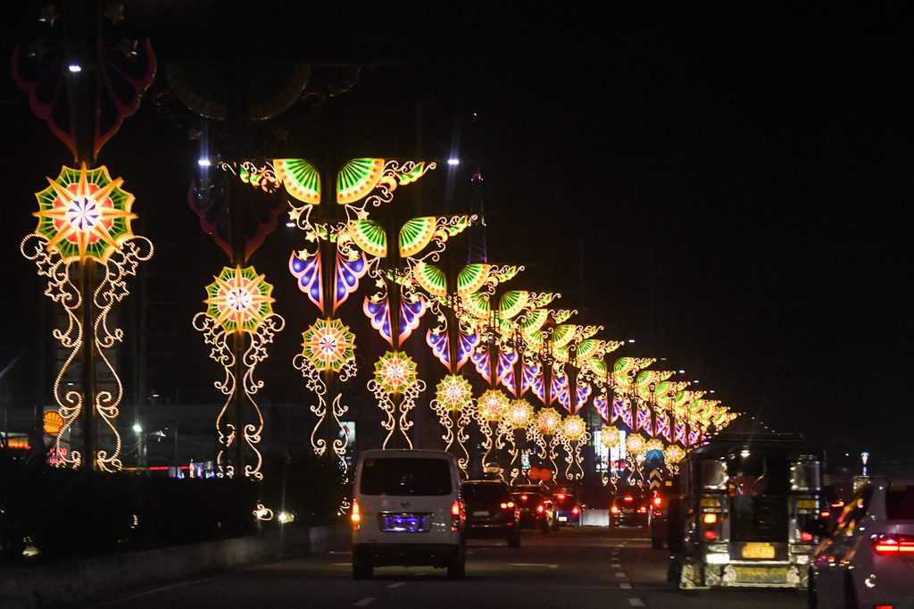 Giant Lantern Festival at San Fernando