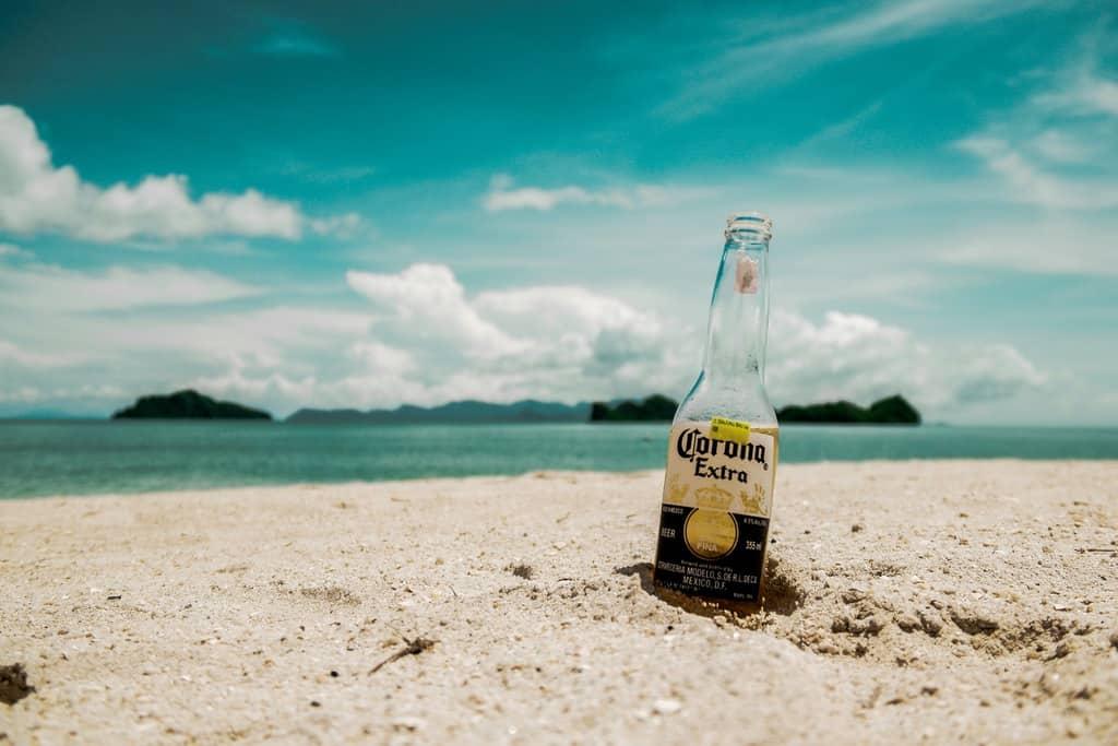 gambar pemandangan pantai dan laut 15